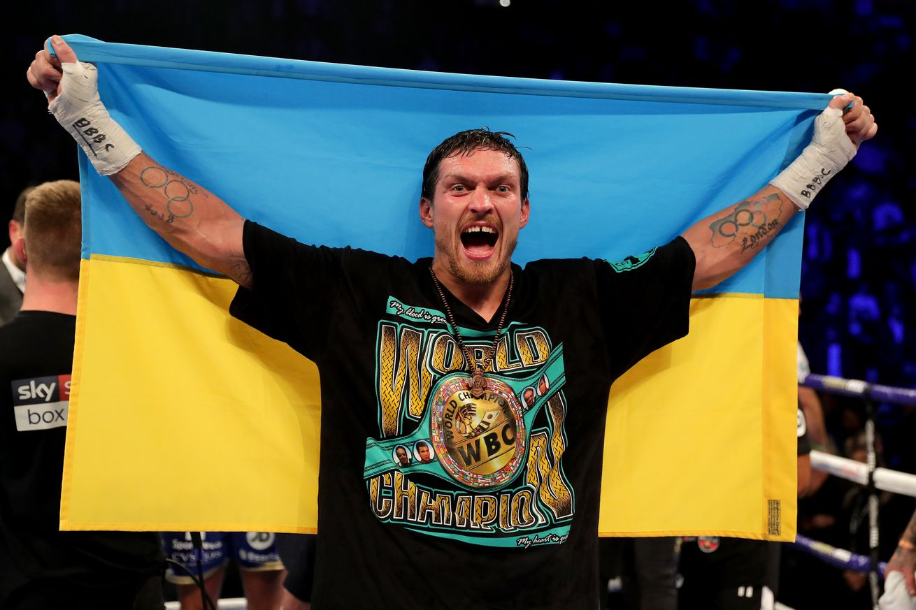 1060083680.jpg.0 - Usyk-Takam official, likely to move from May 18 date