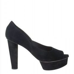"<b>Loeffler Randall</b> <a href=""http://otteny.com/catalog/sale/sale-shoes/darcy-pump-in-black.html"">Darcy Pump</a>, $71.10 (were $395)"