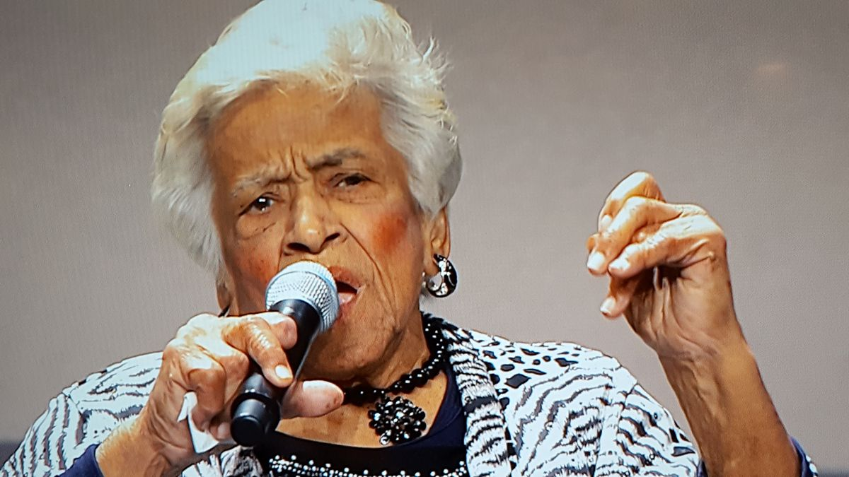 Chef Leah Chase of the beloved Dooky Chase's restaurant in New Orleans, received the Lifetime Achievement Award from the James Beard Foundation at a gala awards ceremony in Chicago on May 2, 2016. | PHOTO MIRIAM DI NUNZIO/SUN-TIMES