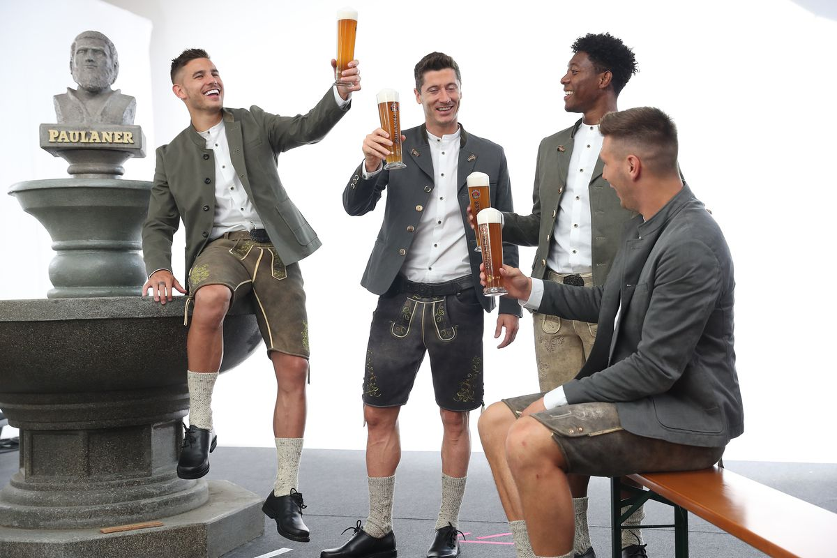 FC Bayern Muenchen And Paulaner Photo Session