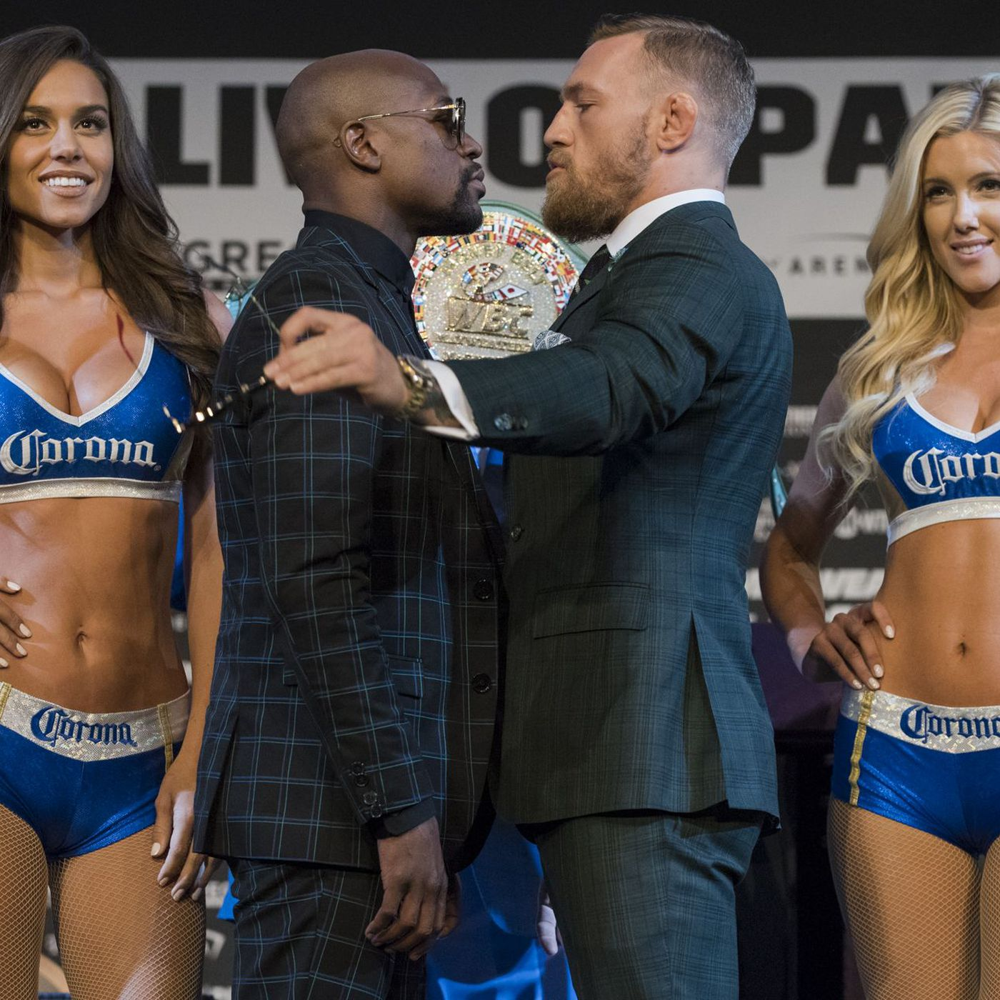can i bet on mcgregor mayweather fight at ameristar casino