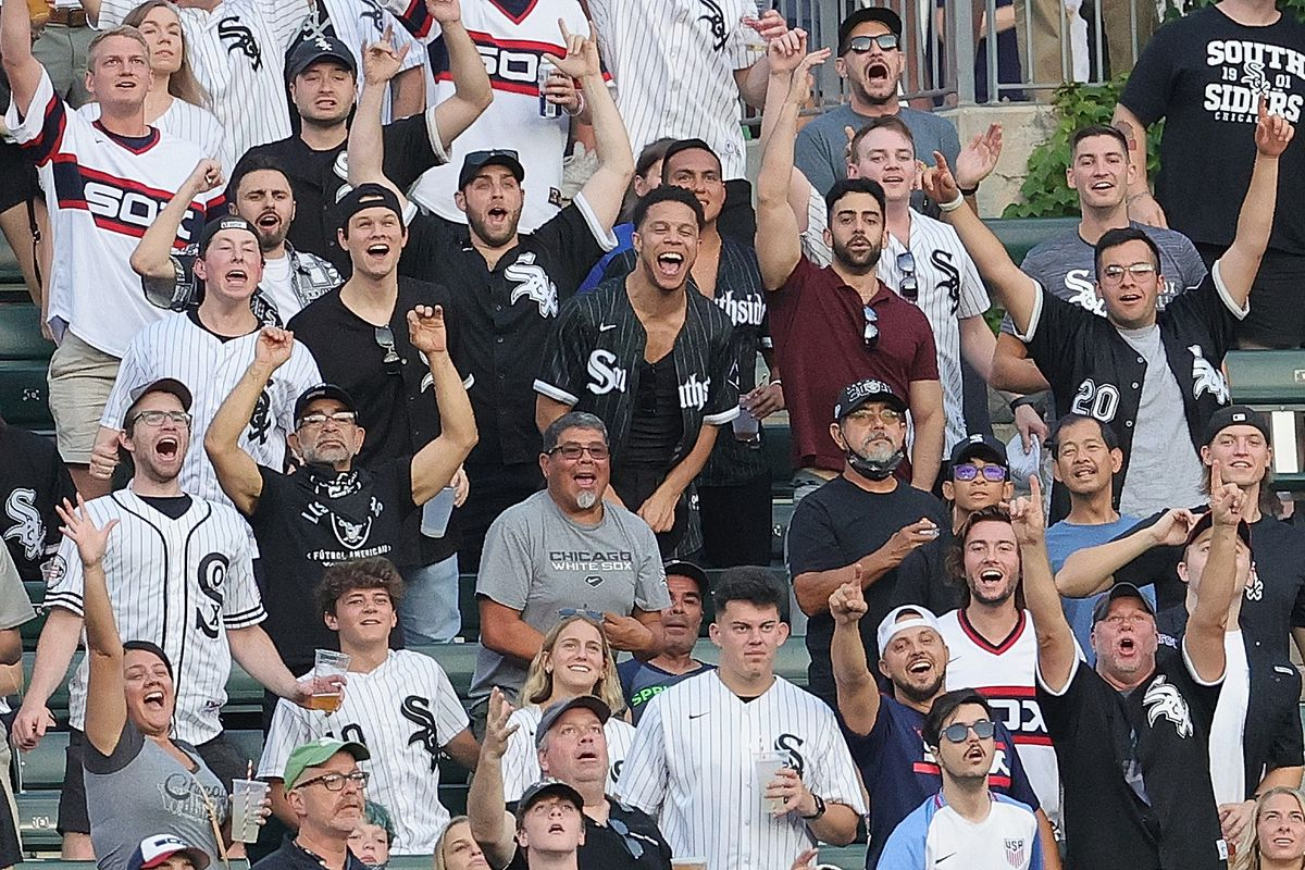 White Sox fans cheer after Jose Abreu's solo home run against the Royals on Aug. 5 at Guaranteed Rate Field.