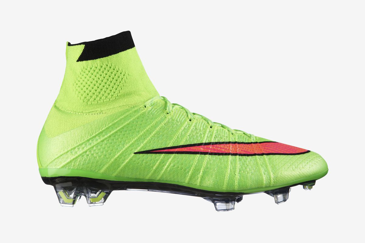 buy popular 3385d d3994 Nike launch new Electric Green Superfly boots for Cristiano ...