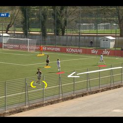Roma could just hoof the ball upfield, but instead they now trust Soffia as the player to break them free of Inter's pressure, playing a short pass to Soffia coming deep to collect the ball.