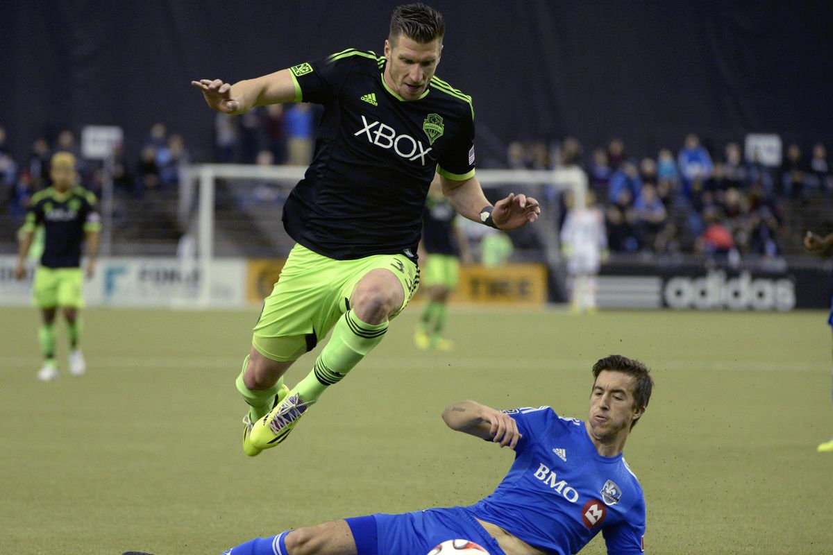 Cooper was one of the Sounders who paid displaced Oso residents a visit