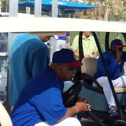 Cubs Hall of Famer Billy Williams watching Lester pitch -