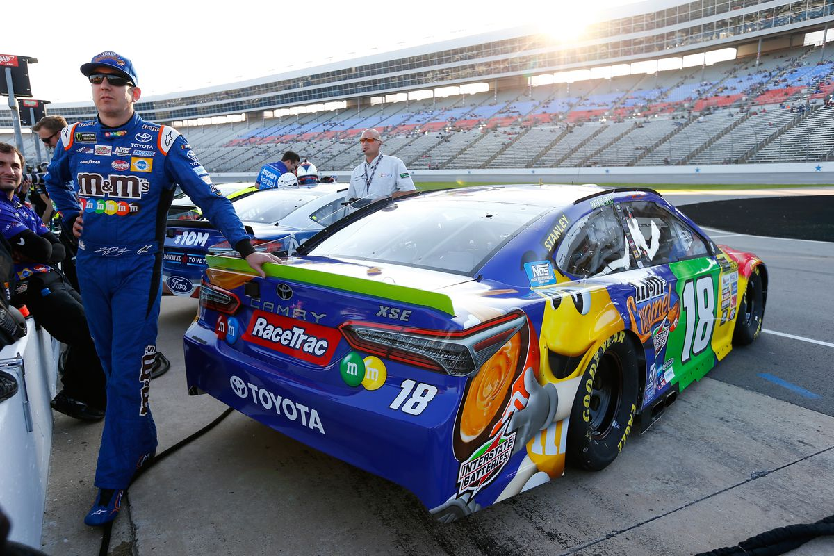 Monster Energy NASCAR Cup Series AAA Texas 500 - Qualifying
