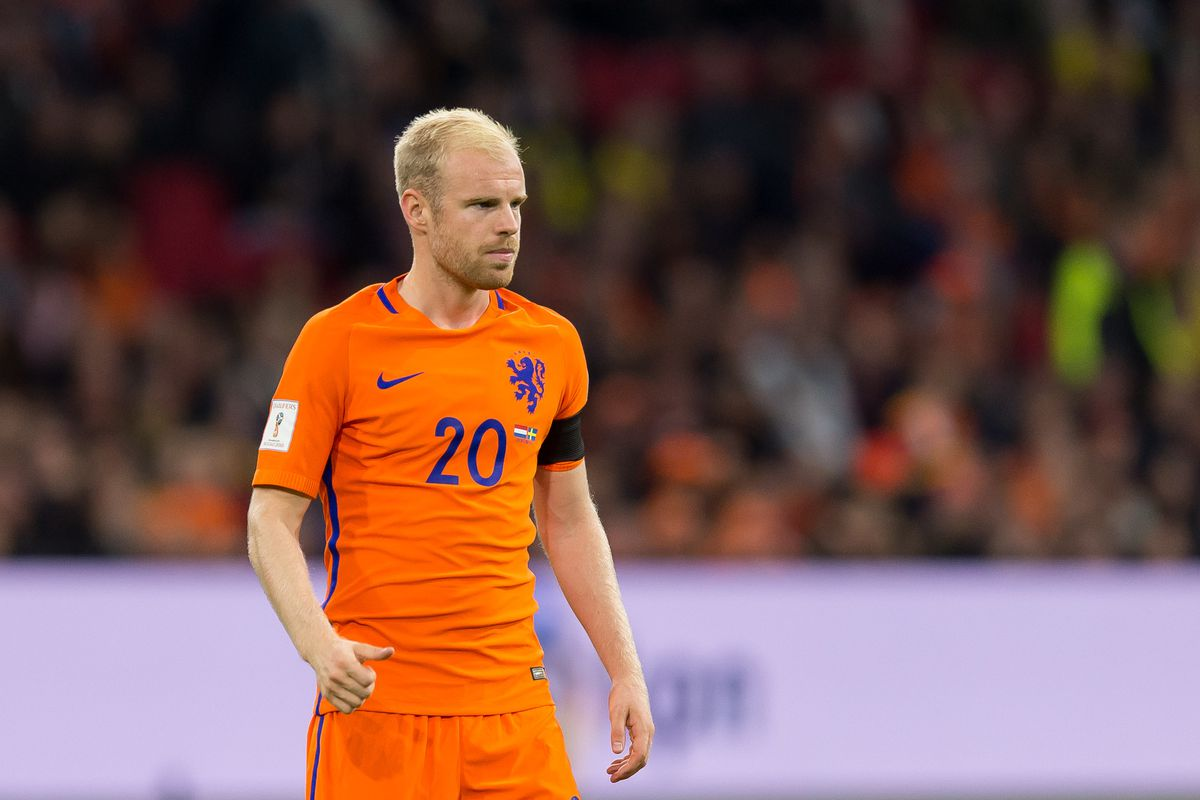 Davy Klaassen to stay at Everton after Napoli loan move falls through