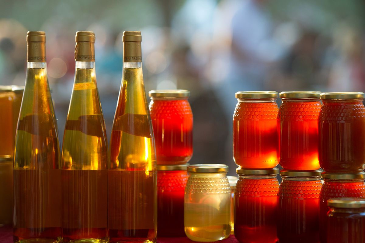 An Introduction to Mead, the Drink of the Gods - Eater