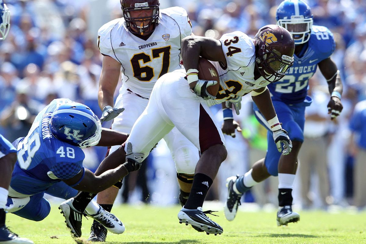 The services of Zurlon Tipton may not come in handy against that rugged KSU defensive line. Throw it, son.