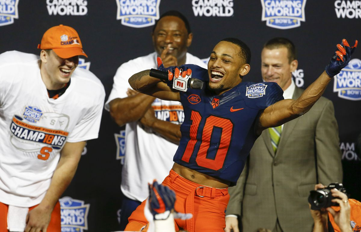 NCAA Football: Camping World Bowl-West Virginia vs Syracuse