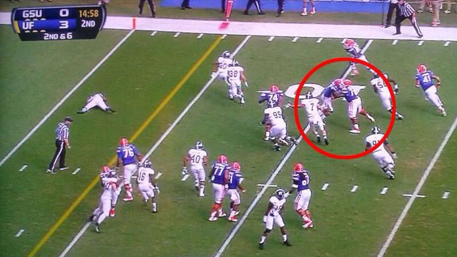 Florida players block each other vs. Georgia Southern ...