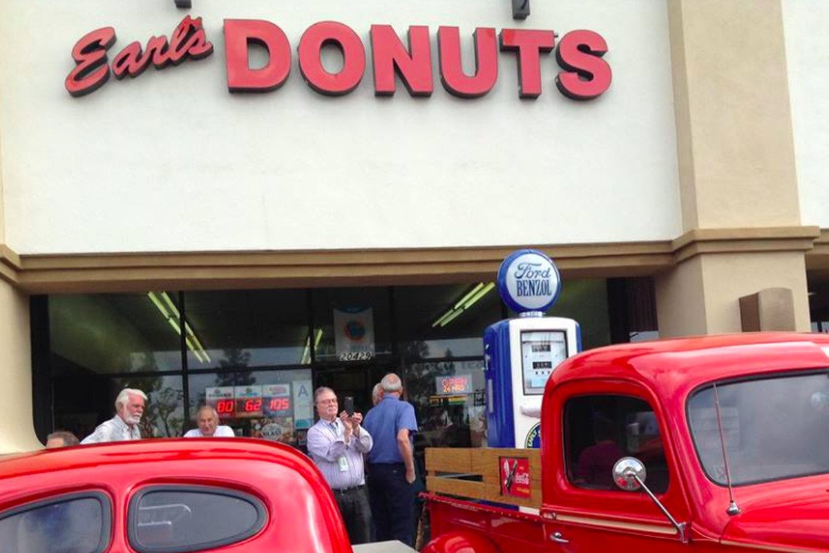Earl's Donuts