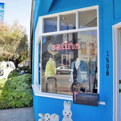 """Once you've got your indie fix, stroll over to Satine (1508 Abbot Kinney Blvd), wear owner Jeannie Lee's <a href=""""http://la.racked.com/archives/2013/09/20/satines_boston_terriers_draw_a_crowd.php""""target=""""_blank"""">adorable</a> Boston Terriers, Coco and Suno"""