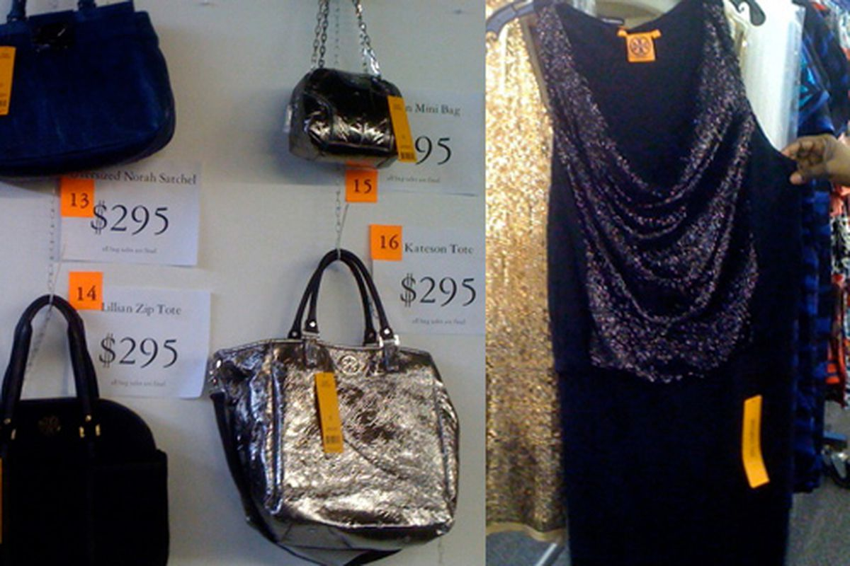 """Images via <a href=""""http://samplesally.com/2010/12/08/sale-update-tory-burch-sample-sale-early-opening-tons-of-merch/"""">Sample Sally</a>"""