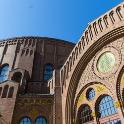 The Moody Bible Church in Old Town | Tyler LaRiviere/Sun-Times