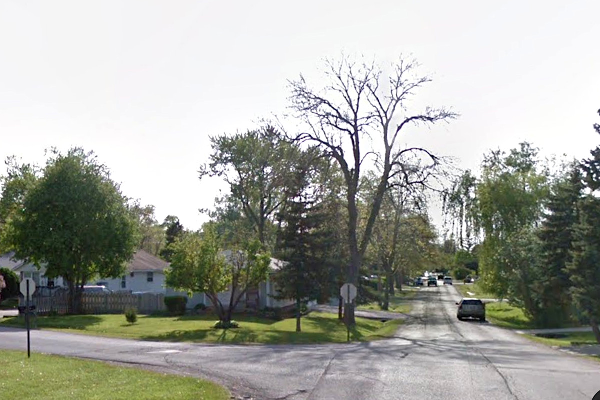 A Round Lake Beach police officer was shot March 15, 2020, in the 100 block of Golfview Drive, police say.