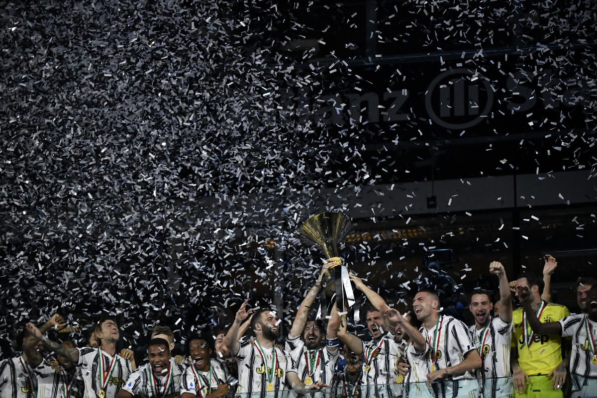 Juve Lifts The Trophy After An Experimental Squad Falls To Roma Black White Read All Over