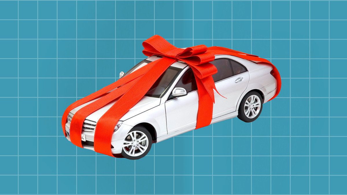 Who Buys And Sells The Giant Car Bows From The Lexus Car Commercials