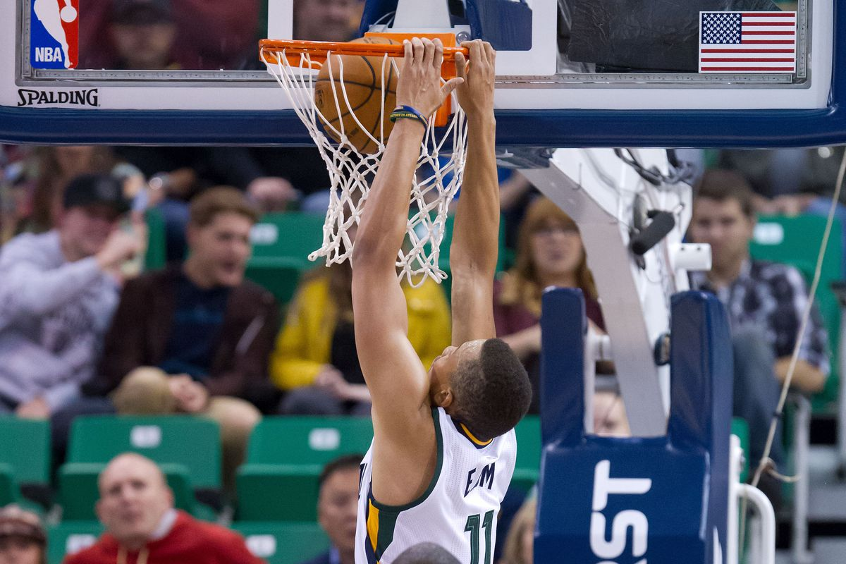 Utah Jazz 53 Los Angeles Clippers 40 Halftime Show Slc Dunk