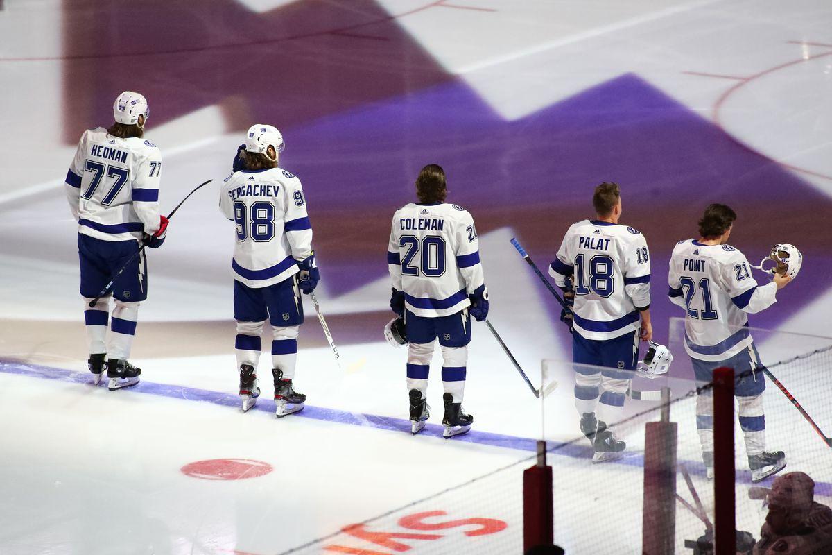 NHL: FEB 22 Lightning at Hurricanes