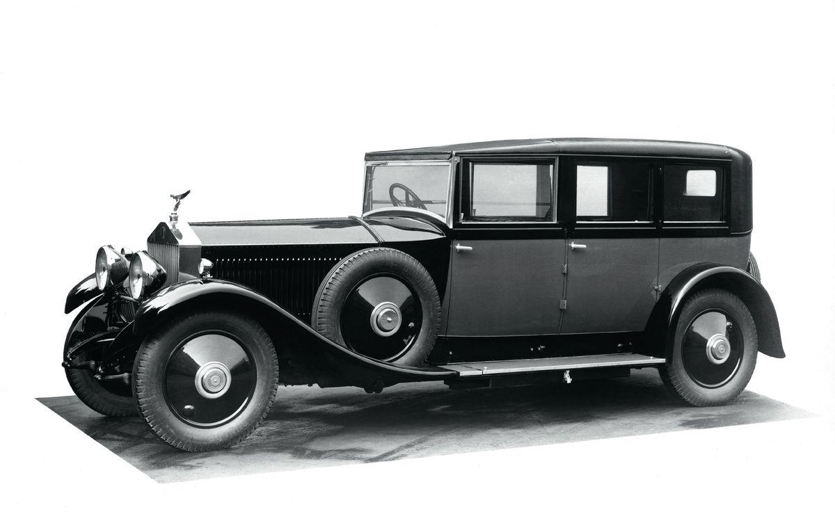 1925 Rolls Royce Phantom >> Rolls-Royce turns suicide doors' dark past into an elegant tradition - The Verge
