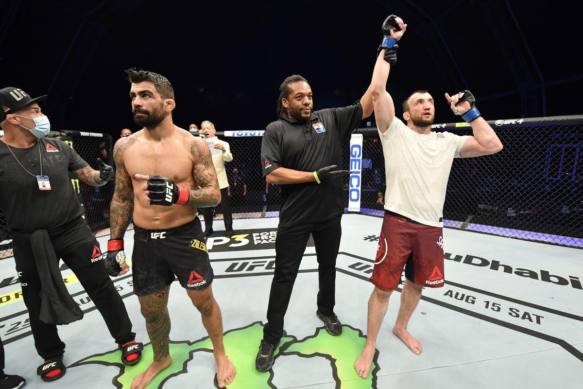UFC 251: Dos Santos v Salikhov