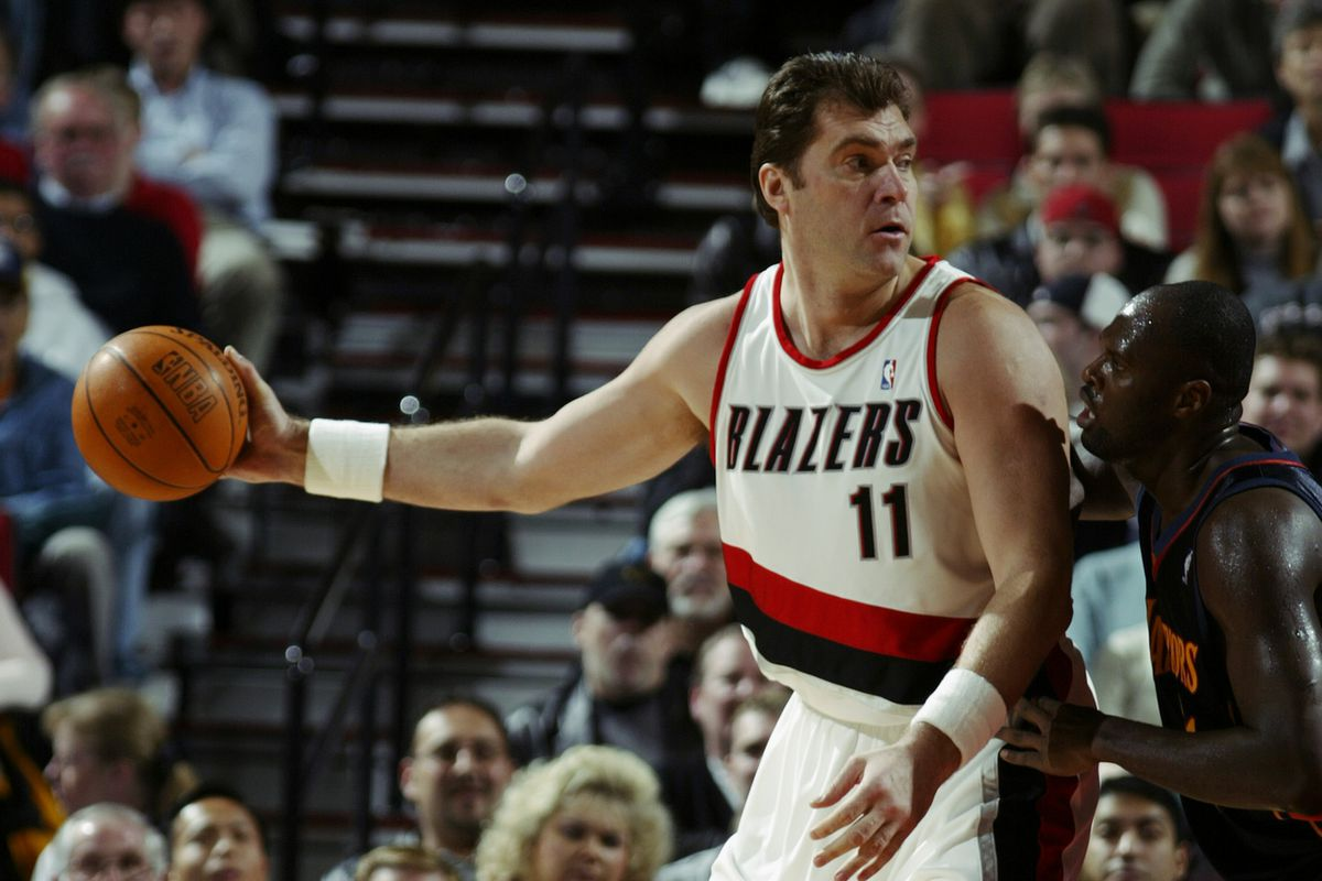 Sabonis defended by Foyle