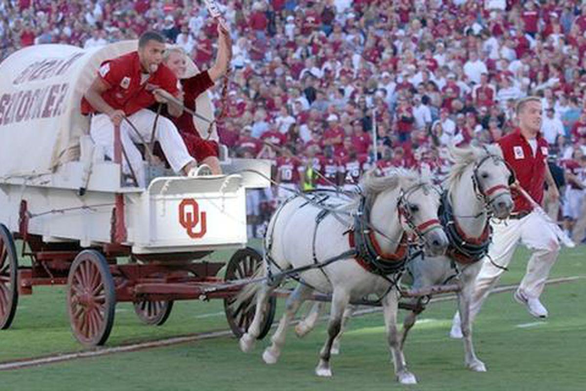 Oklahoma Sooners' Sooner Schooner