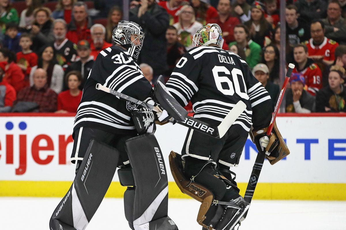 Blackhawks Cam Ward Out 7 10 Days With Right Knee Injury Collin