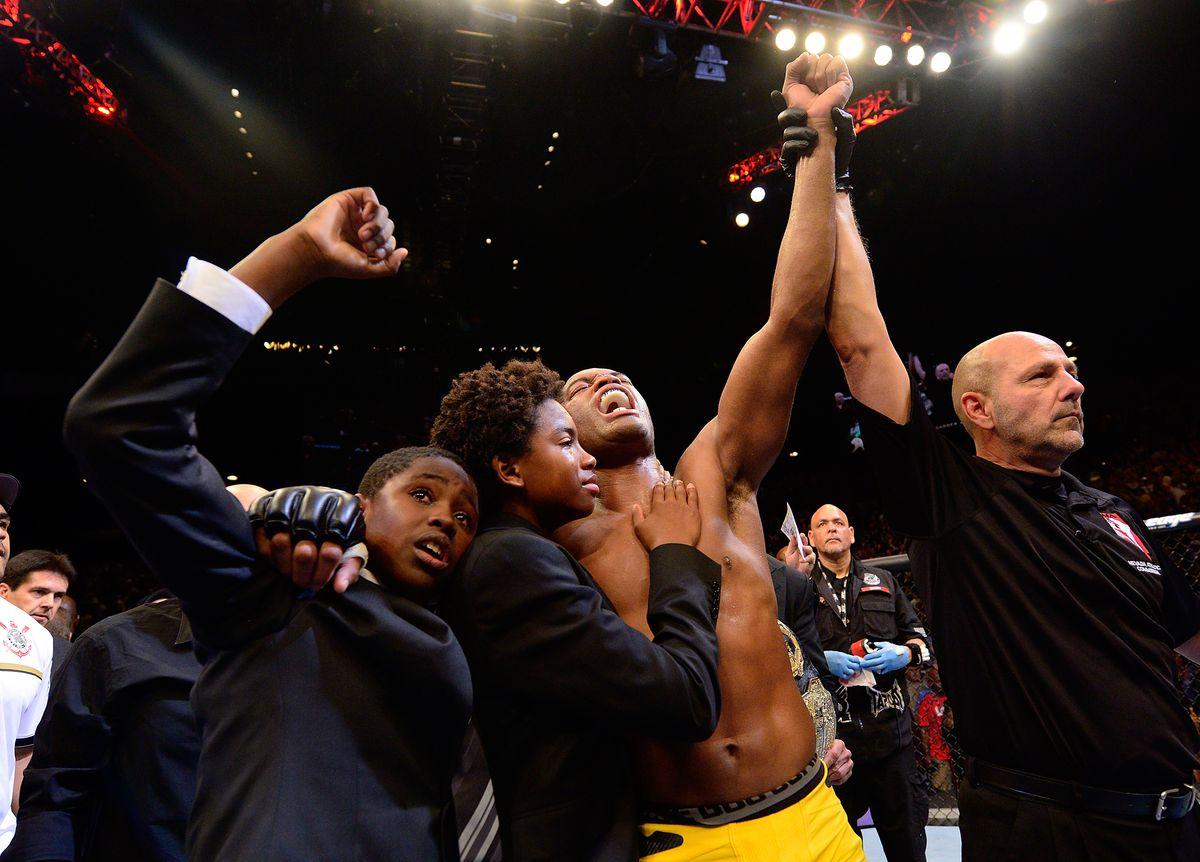 UFC 148: Anderson Silva v Chael Sonnen II