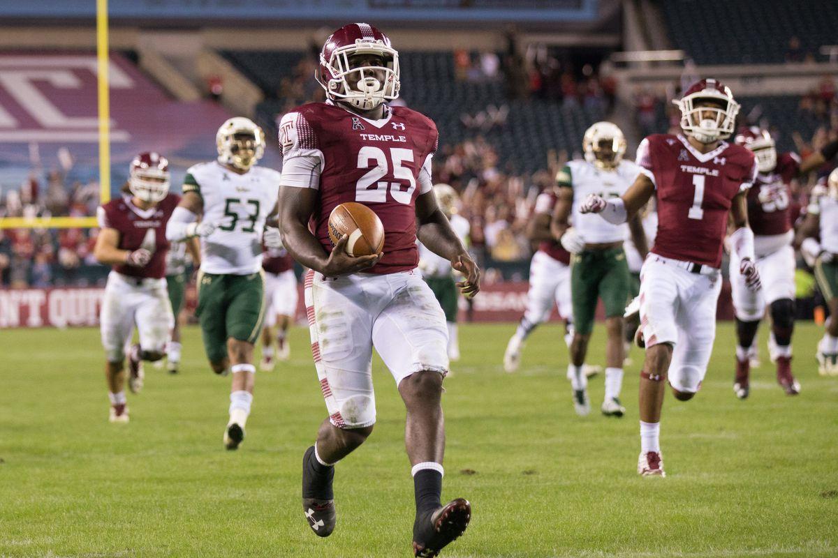 NCAA Football: South Florida at Temple