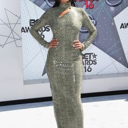 Tracee Ellis Ross in vintage Thierry Mugler and Christian Louboutin shoes
