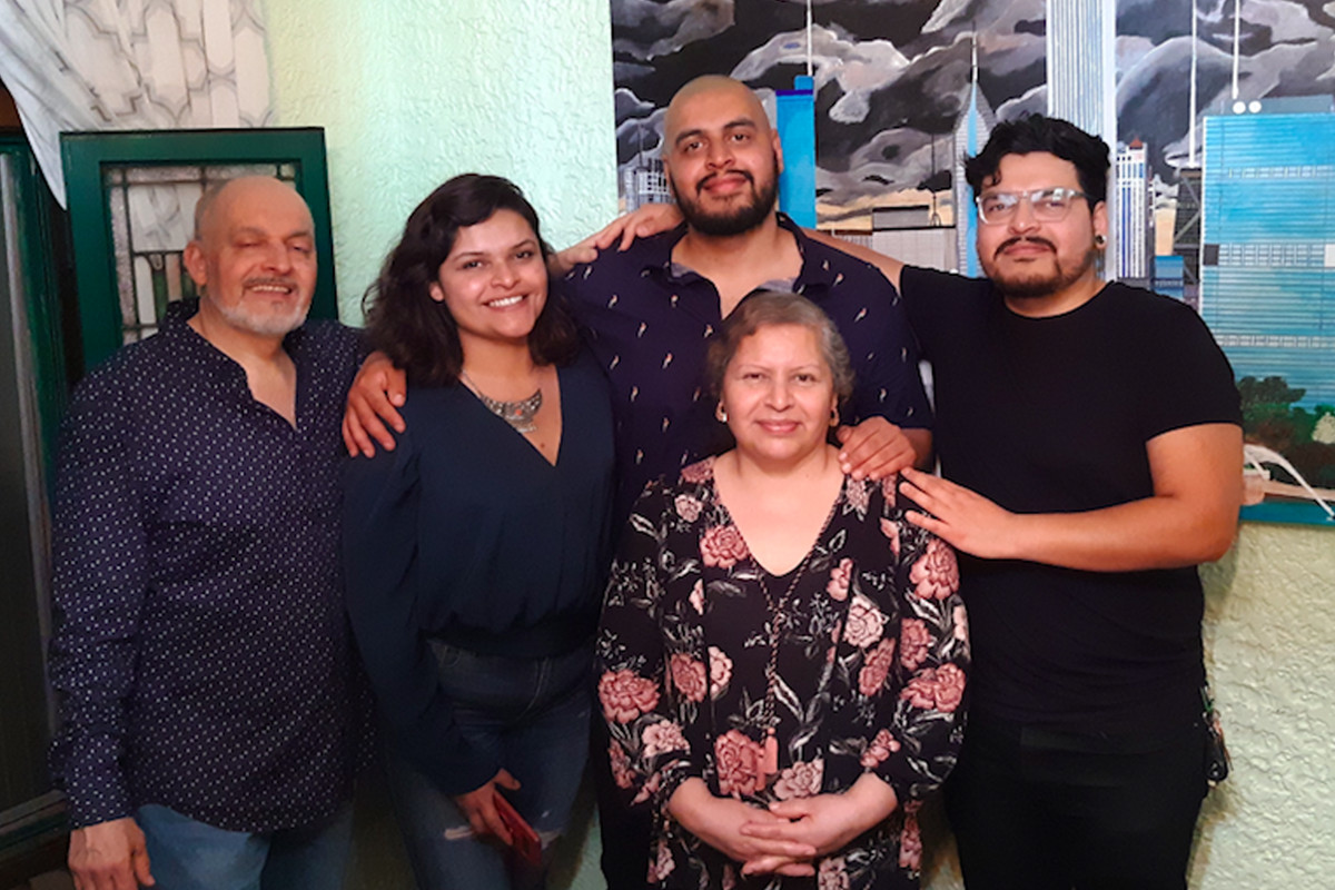 """Jesus Alberto """"Beto"""" Lopez-Gutierrez (center rear) with (from left) his father Miguel Lopez, sister Mariela Lopez, mother Lourdes Gonzalez and brother Miguel Lopez."""