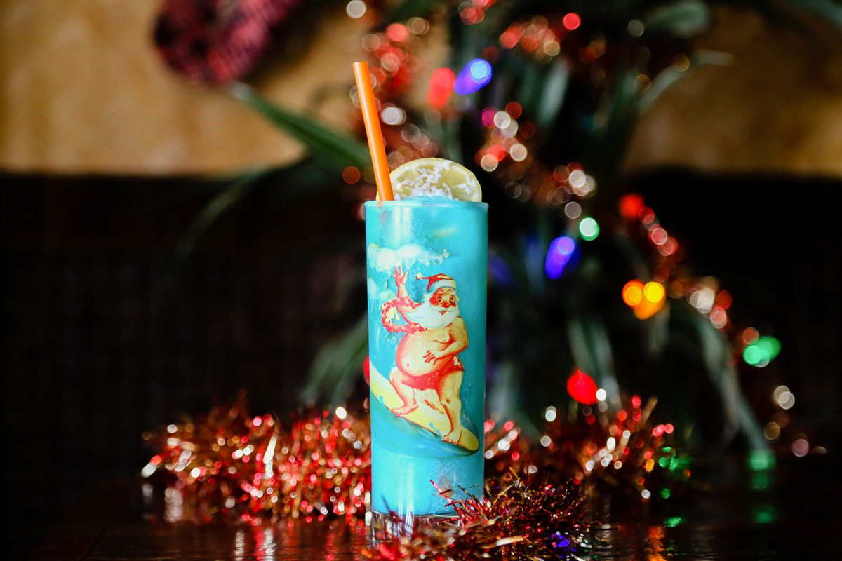 Christmas Pop-Up Bar Sippin Santa Returns to the French Quarter ...
