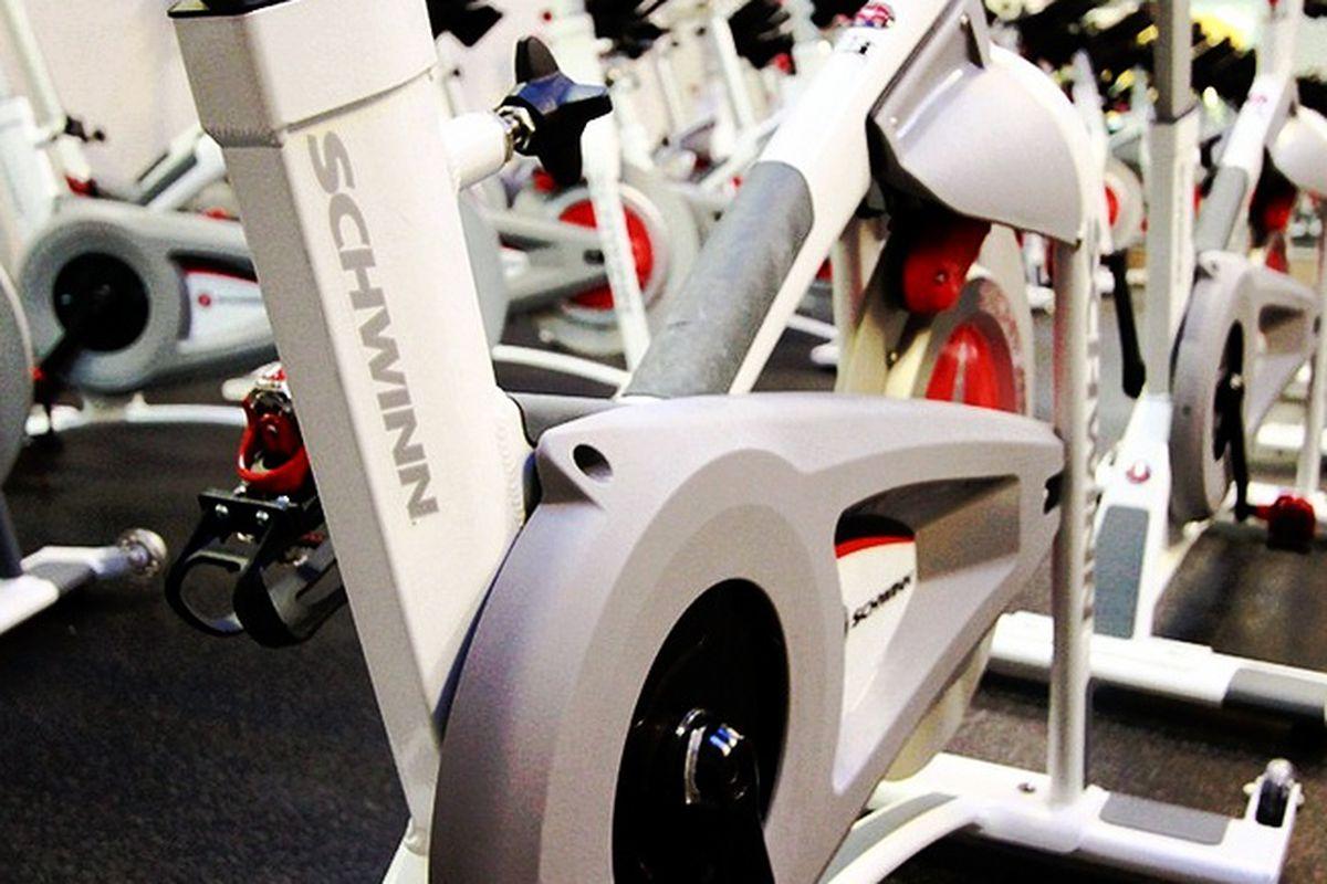 """Image via <a href=""""http://www.torque-cycling.com/"""">Torque</a>"""
