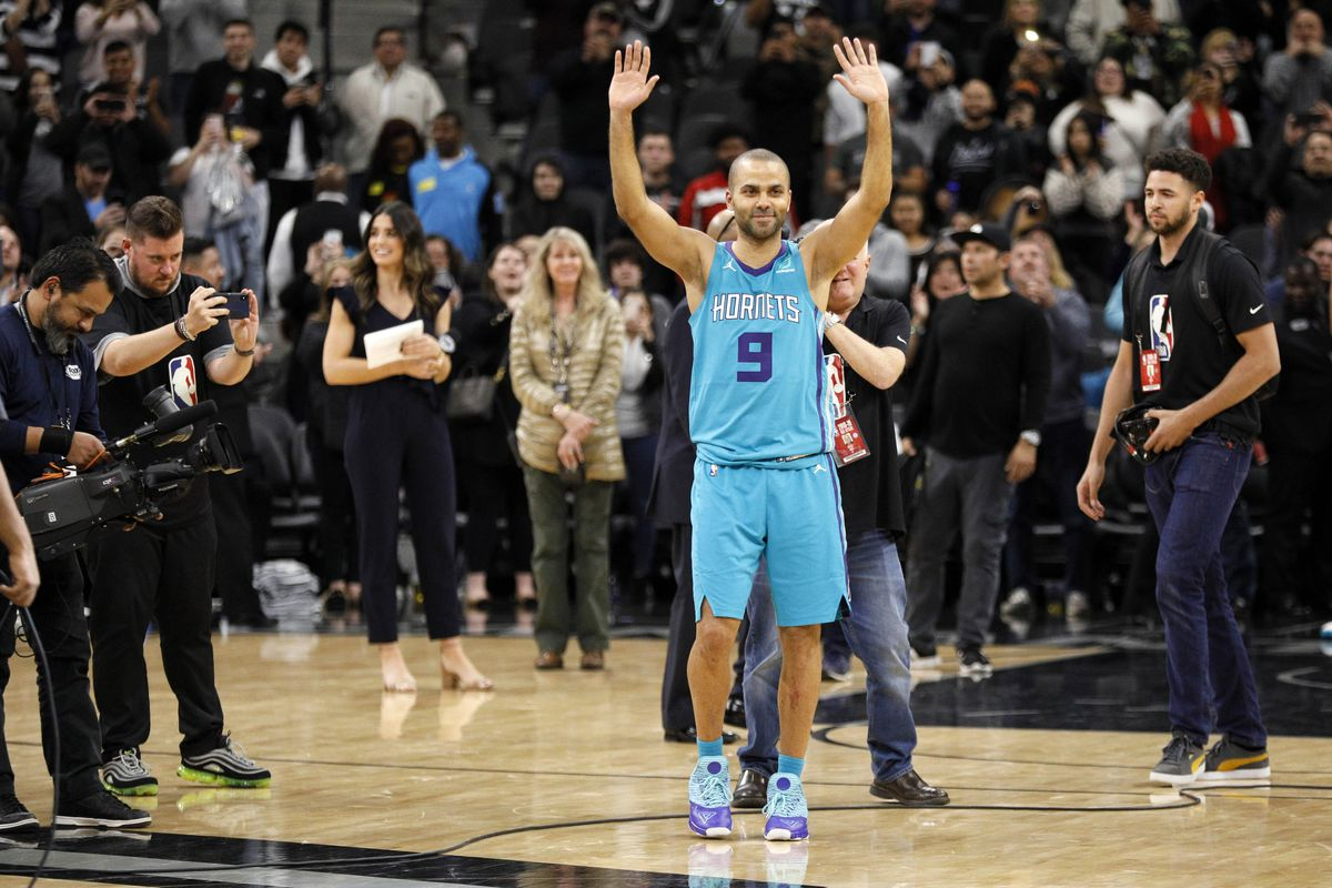 Don T Count On Tony Parker Retiring As A Spur Pounding