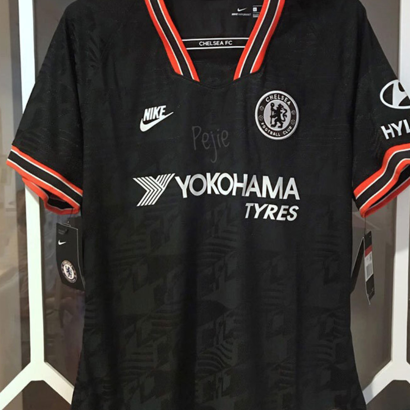 promo code 4652f edbf0 New Nike 2019-20 Chelsea third shirt spotted in the wild ...