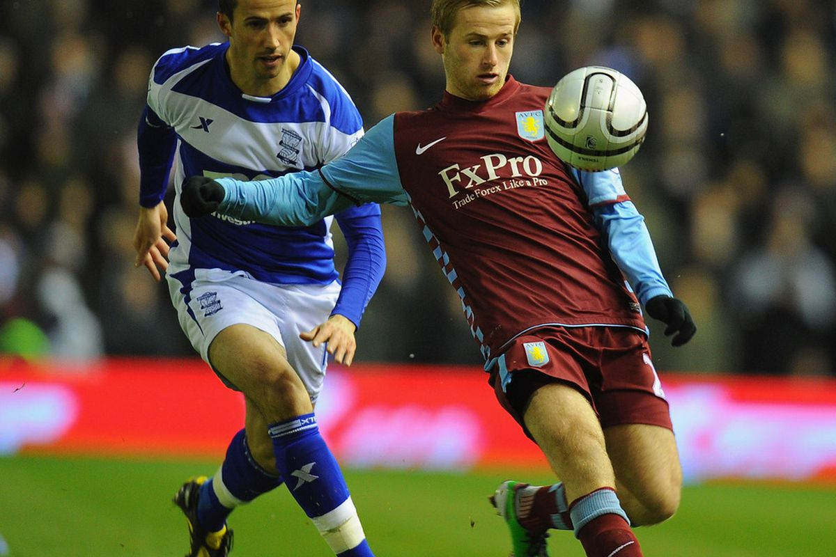 Barry Bannan doesn't need his feet, or even his gloved hands, to control the ball. The mind is sufficient for Bazza. (Photo by Clive Mason/Getty Images)
