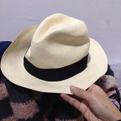 $20 hat