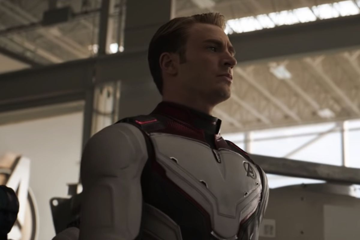 """A new trailer for """"Avengers: Endgame"""" dropped Thursday, and it seems to connect to a long-running theory about time travel."""