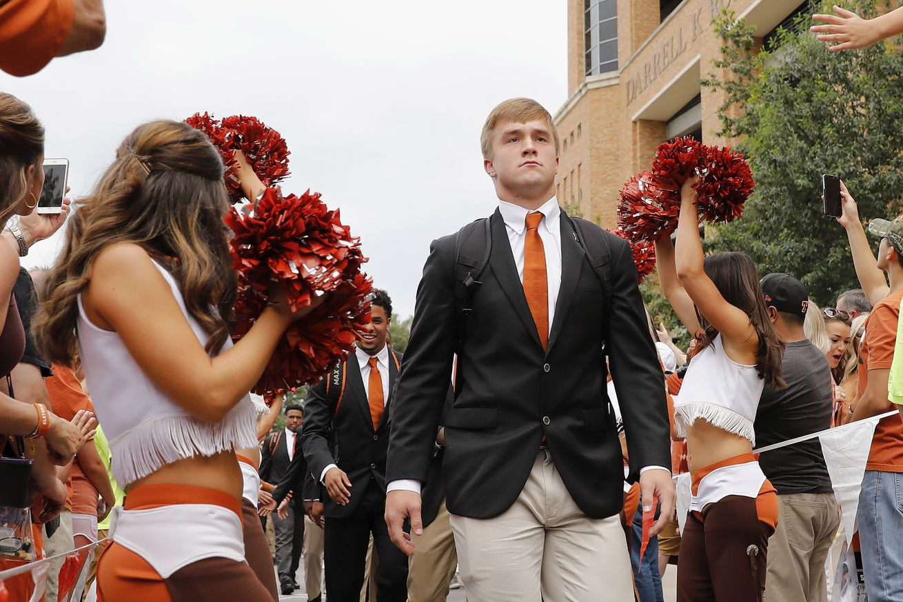 Sam Ehlinger sees some Aggie insecurity at the Austin-Bergstrom International Airport
