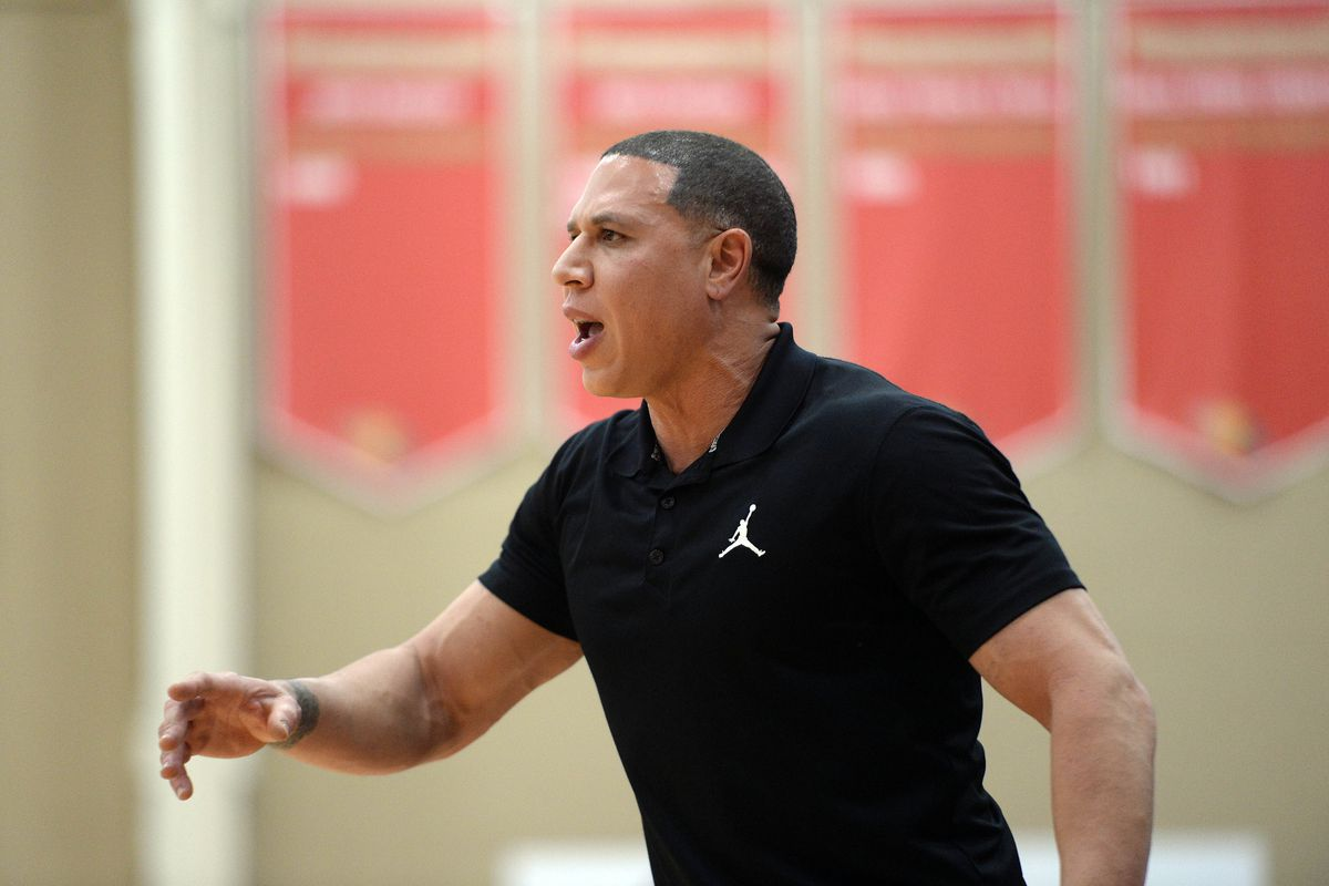 mike-bibby-hillcrest-hoops-prep-basketball-terry-ayton-arizona-wildcats-1997-ncaa-coach