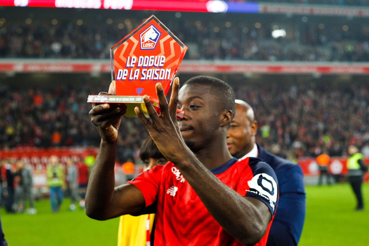 LOSC Lille Olympique Sporting Club v Angers sporting club de l'Ouest - Ligue 1