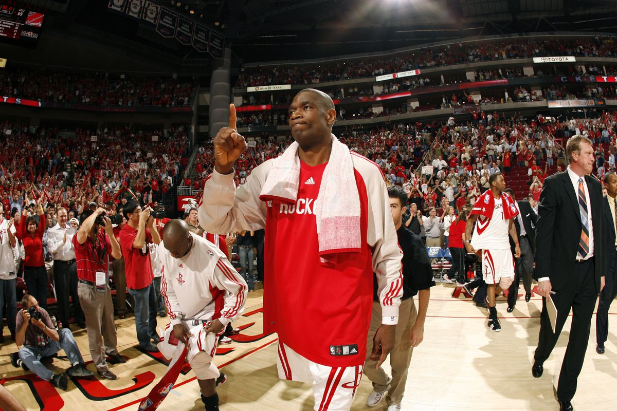 pretty nice 40f37 939a1 Top 10 Rockets fan favorites: #8 - Dikembe Mutombo - The ...