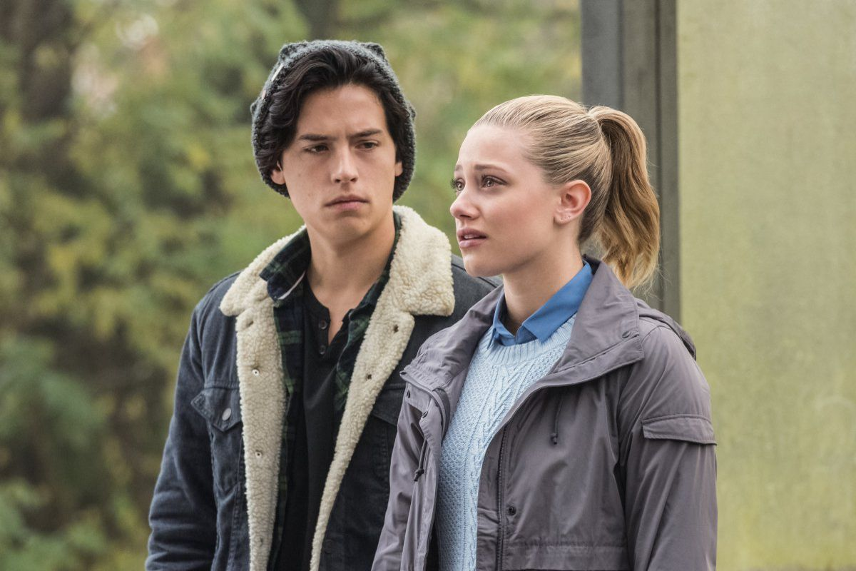 Riverdale - Cole Sprouse and Lili Reinhart