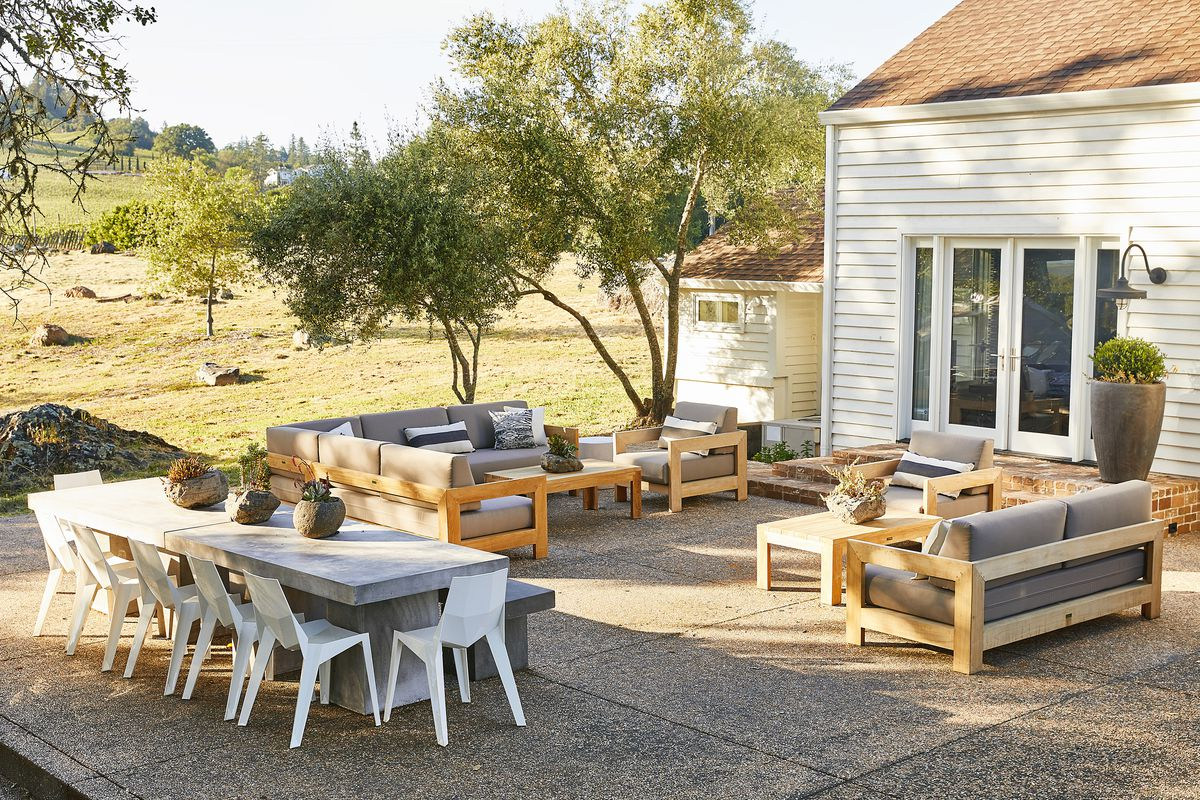 Best Outdoor Furniture How To Choose What To Buy Curbed