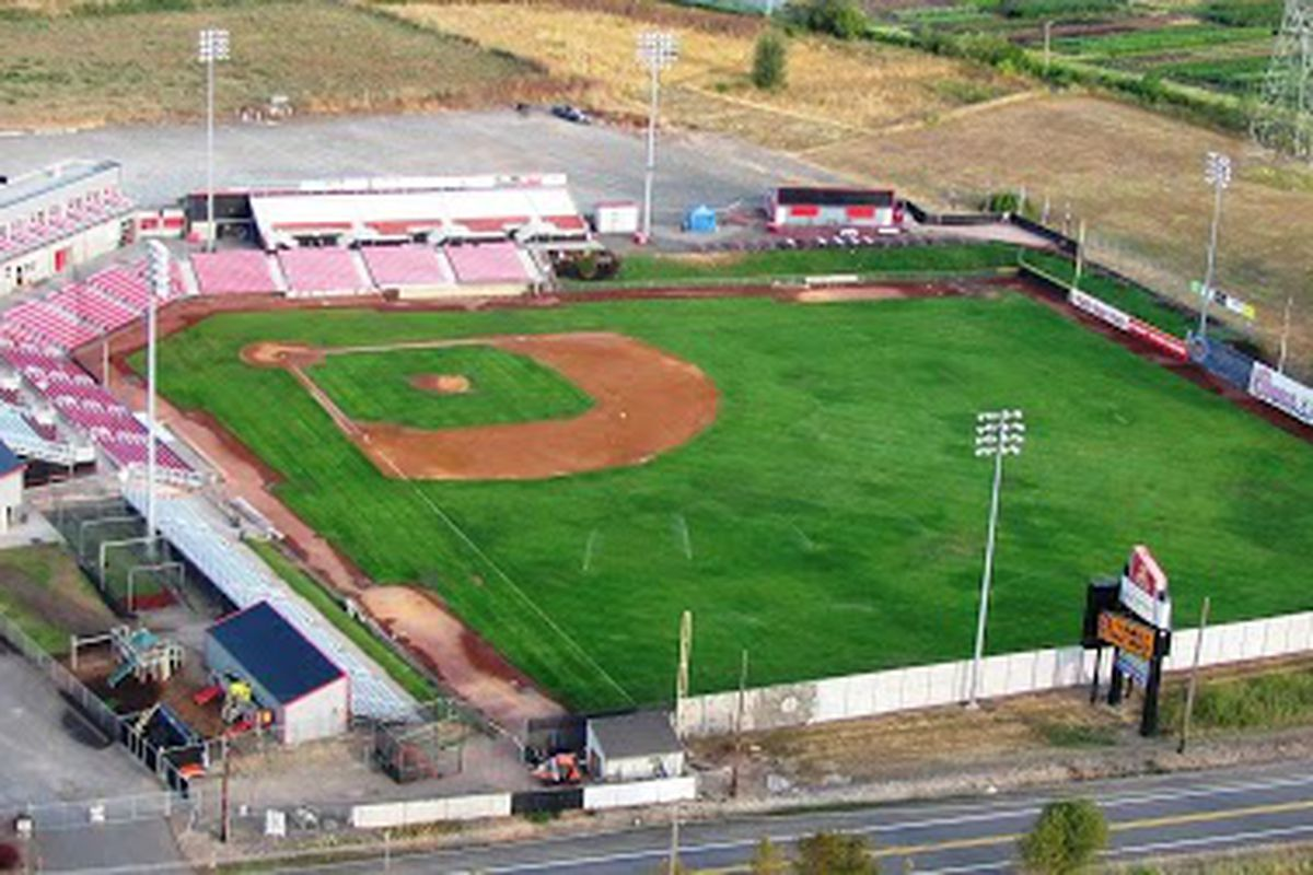 Oregon St and Portland meet halfway at Volcanoes' Stadium in Keizer, OR, tonight.