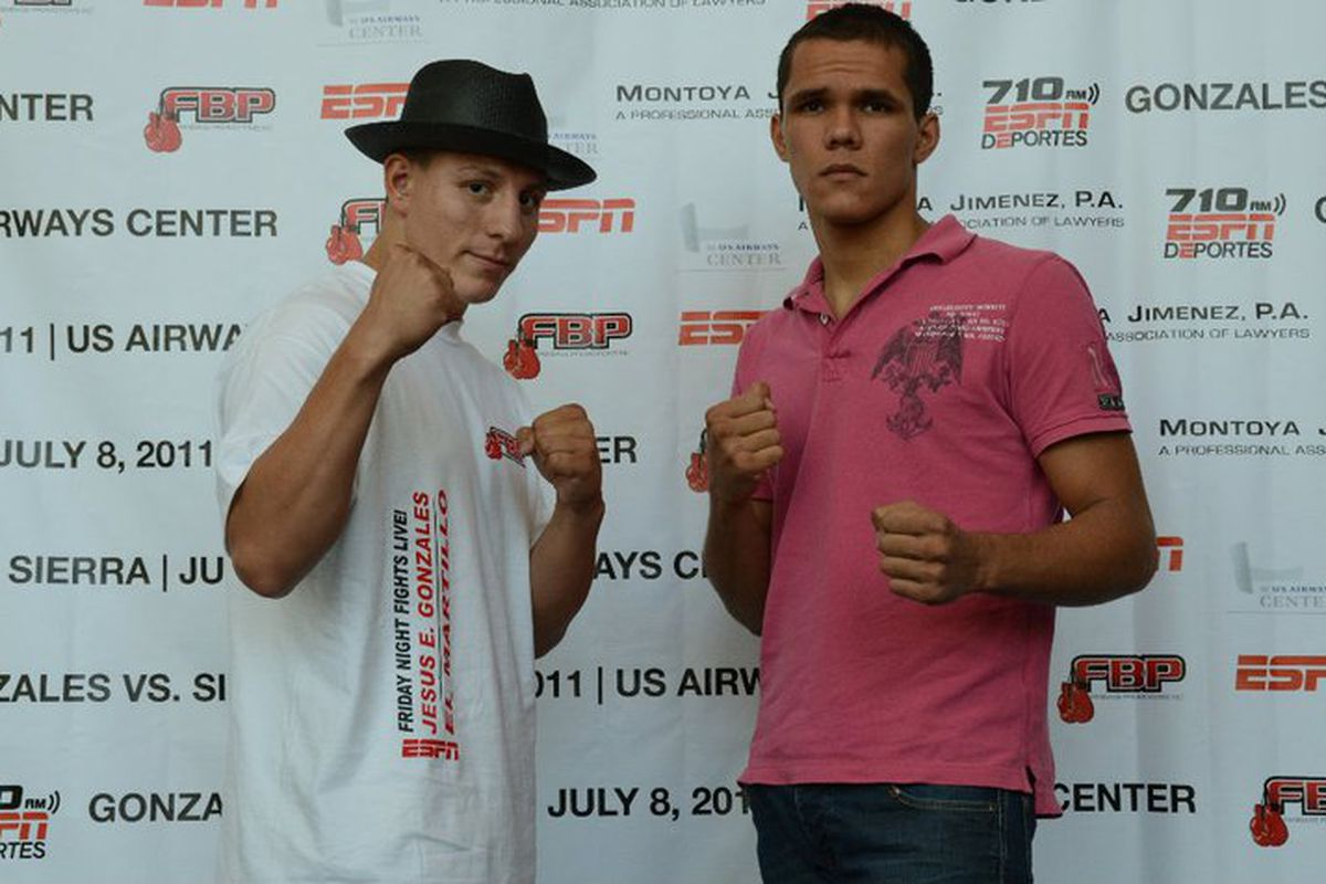 """Jesus Gonzales and Francisco Sierra waged war tonight in Phoenix. Gonzales took a hard-fought victory. (Photo via <a href=""""http://www.facebook.com/FanBasePro"""" target=""""new"""">FanBase Promotions at Facebook</a>)"""