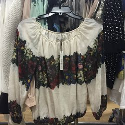 Top, size extra-small, $90 (from $297)